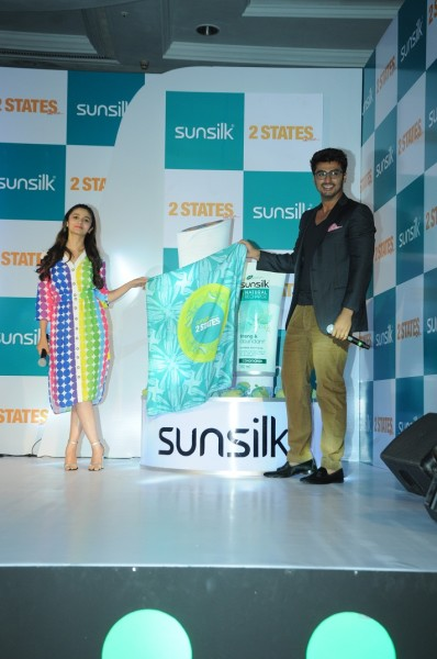 DSC 0776 398x600 Sunsilk Announces Association with 2 States