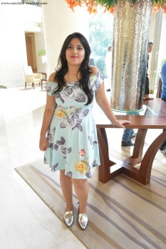 OOTD: Floral Pastel Blue Off Shoulder Dress, Indian Fashion Blogger, Outfit of the Day, Lucluc, Forever 21