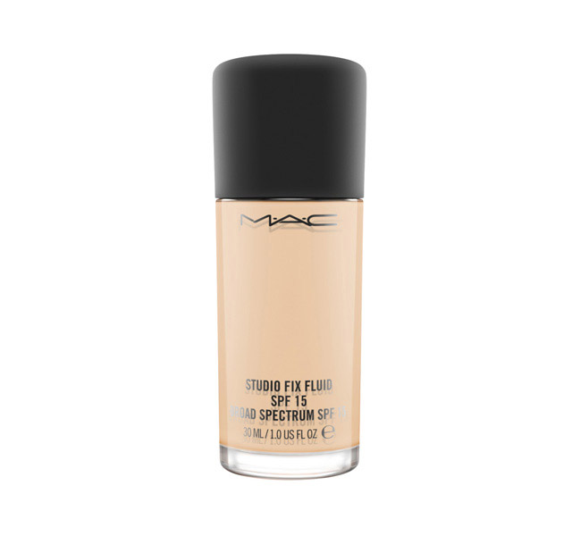 Top 10 Foundations for Oily Skin in India, Prices, Buy ...