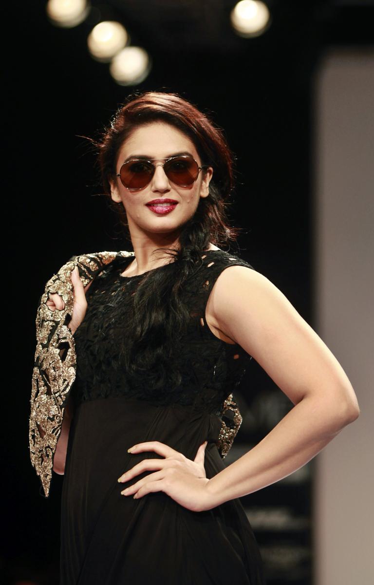 mejores de curvas Bollywood divas 10 Las con vNnOm0wy8P