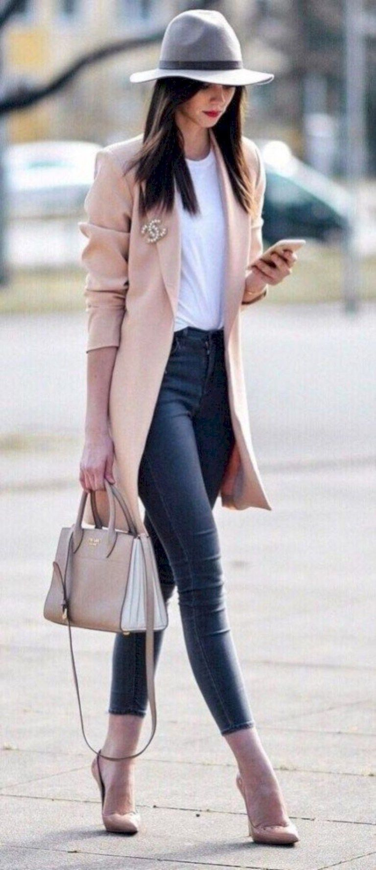 10 Ways to Look Classy on a Budget